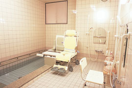介護専用バスルーム
